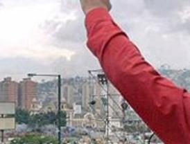 Chávez, inasequible al desaliento: insiste en perpetuarse en el poder