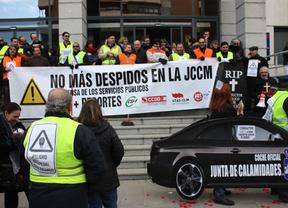 Los conductores de la Junta de Castilla-La Mancha paran su jornada laboral durante dos horas