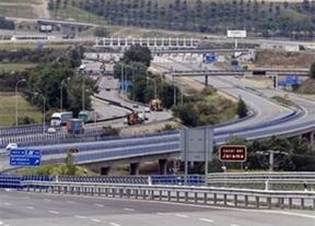 La patronal de las autopistas propone cobrar peaje en las autovías