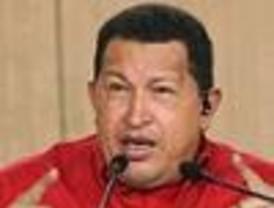 Chávez ordenó el envío de tropas a la frontera con Colombia