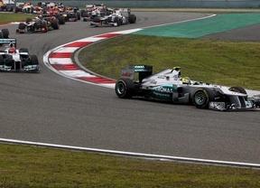 Rosberg gana en China y Hamilton es el nuevo líder del Mundial de Fórmula Uno