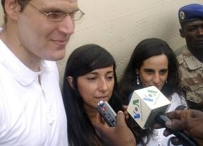 Al fin en casa: los 2 cooperantes españoles aterrizan en Torrejón de Ardoz