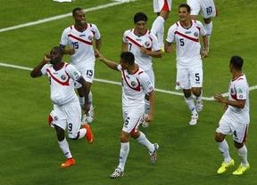 Uruguay, al borde de la eliminación tras perder con Costa Rica, Cenicienta del 'grupo de la muerte'
