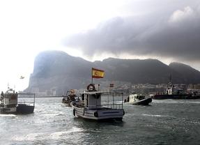 Agricultura reserva 500.000 euros para ayudas a los pescadores que faenan en Gibraltar