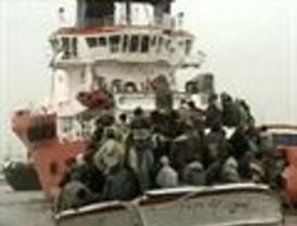 Llega a Almería una patera con 38 subsaharianos a bordo