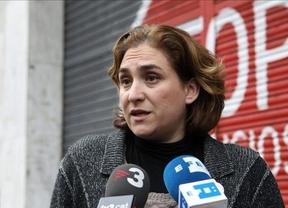 Ada Colau clausura la 'temporada de escraches' con una protesta a Rajoy