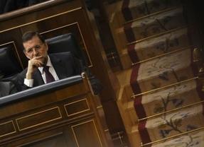 Rajoy se pone el casco en el Congreso para extraer más recortes: comparecencia clave este miércoles