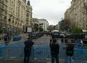 25-A: la Policía mantiene blindado el Congreso con un perímetro de seguridad tranquilo, de momento