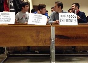 Filas vacías en las universidades madrileñas en protesta por la pérdida de 45.000 alumnos sin beca