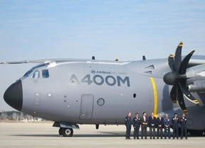 El Rey se pone a los mandos de un Airbus A400M