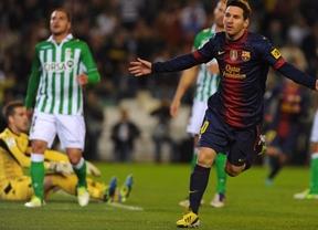 El Barça se agarra a otro doblete del recordman 'Supermessi' y a los postes para ganar al Betis (1-2)
