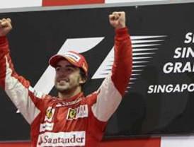 Briatore: Alonso tiene todo a su favor para ganar campeonato