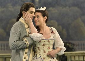 'El juego del amor y del azar', de Marivaux, una delicatessen teatral presentada por Flotats en el María Guerrero