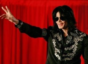 Se subasta la mascarilla de Michael Jackson... ¡que llevaba cuando murió!