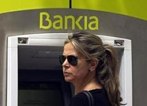Indignación nacional con los gastos personales de los directivos de Caja Madrid, una entidad que acabó en quiebra