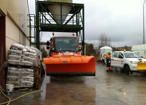 Máquinas quitanieve preparándose en Cuenca