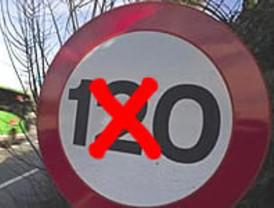 El 'frenazo' sólo ahorra dos euros al conductor y alarga el viaje una hora