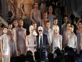 La alta costura Chanel de gala en París