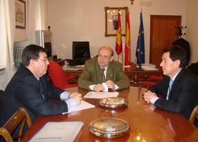 CEAT Ciudad Real analiza la competencia desleal con la Subdelegación del Gobierno