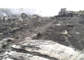 Nadie asume la responsabilidad y todos señalan a sus rivales en medio de la crisis por el avión derribado en Ucrania