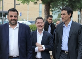 Blanco (izq), García-Page (c) y Sánchez (dcha.)
