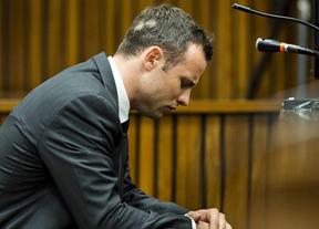 Se complica la situación de Pistorius por el asesinato de su novia: un informe descarta que sufra enfermedad mental