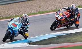 GP Holanda: Salom se como e Viñales y encabeza un gran triplete español en Moto3