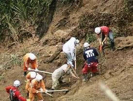 Deslizamiento de tierra sepulta barrio de Bello en Antioquia