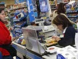 Familias necesitan 4 sueldos mínimos para cubrir necesidades