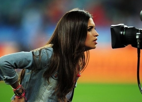 Sara Carbonero se pelea con unos paparazzi en plena calle e Iker la 'para'