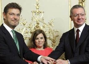 Rajoy sigue borrando la labor de Gallardón de cara a las elecciones: su sustituto, Catalá, anuncia que modificará la ley de tasas judiciales