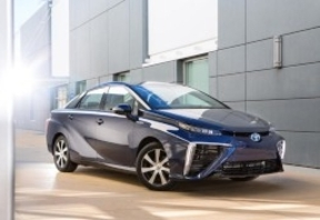 Toyota libera las patentes de su coche de hidrógeno