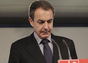 Como Aznar con Rajoy, Zapatero también critica a su sucesor