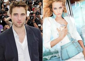 Robert Pattinson olvida a Kristen Stewart en brazo de la nieta de Elvis Presley