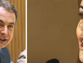 Los Reyes, Zapatero y el resto de autoridades despiden a los dos soldados caídos en Afganistán