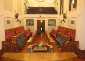 Las Cortes de Castilla-La Mancha celebrarán un pleno monográfico sobre la racionalización de horarios españoles
