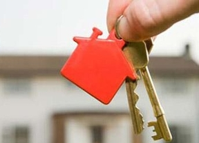 Los afectados por la Hipoteca (PAH) denuncian que el Gobierno les ha vendido 'humo'