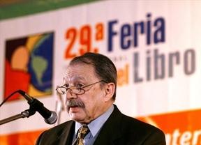 Muere el escritor argentino Héctor Tizón a los 82 años