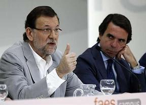 Rajoy, delante de Aznar: