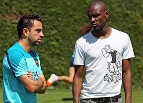 Abidal se postula como mediador entre plantilla y club y defiende a Messi: