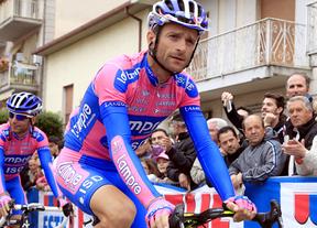 Más sospechas sobre dopaje: se demuestra la relación entre Scarponi, vencedor del Giro, y el doctor Ferrari