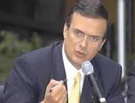 Calderón presenta sus condolencias a Ebrard