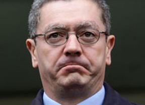 Nueva 'Gallardonada': el ministro no da la cara en el Congreso para defender su ley de asalto al Poder Judicial