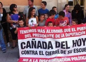 Los niños de Cañada del Hoyo se incorporan a clase dos meses después del inicio del curso