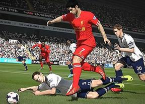 Luis Suárez también cumple 'condena' en el 'Fifa 15'