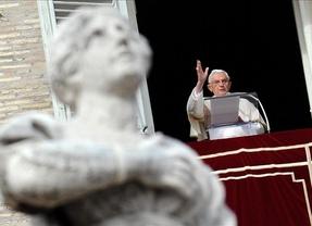 Benedicto XVI llama a la Iglesia a renovarse y olvidar