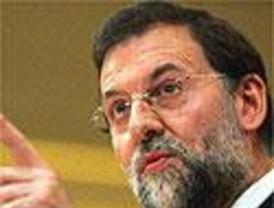 Rajoy alaba un estatuto andaluz que no es la panacea