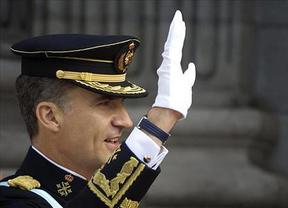 El primer día de reinado de Felipe VI: despacho con Rajoy en su despacho de Zarzuela