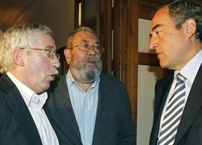 Sindicatos y patronal se ponen de acuerdo en 'rebajar' el sueldo, con alzas del 0,5% en 2012