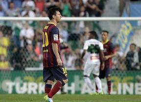 Un Barça sin pólvora en Elche se aprovecha del tarspiés rojiblanco y se postula al título liguero (0-0)